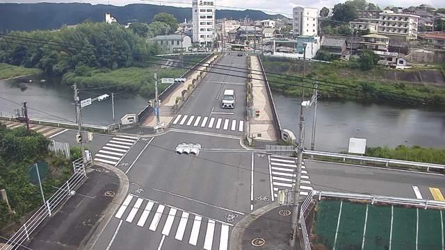 名張川(沖津藻大橋) 映像